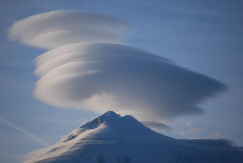 シャスタの雲